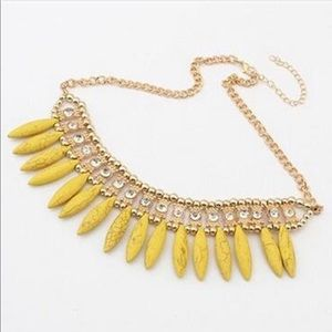 NWOT Crystal And Yellow Bead Necklace